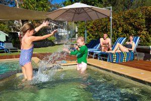 Blueys Retreat - Heated Spa